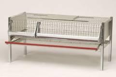 Клетка для перепелок, размеры в собранном виде: длина 99 см. высота 50 см. ширина 62 см. Размеры в упакованном виде: длина 106 см. высота 14 см. ширина 62 см